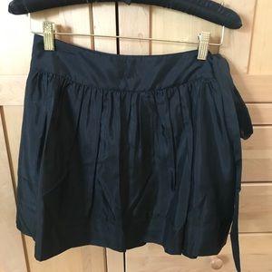 EUC Silk express skirt size 4